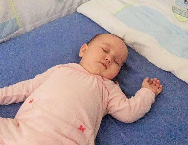 İkinci bebeğime hamileyken, kız da olacağını öğrenince daha kolay ve uyuyan bir bebek olacağı umudum vardı – Zeynep Tüzün