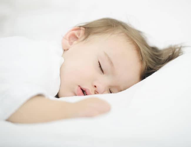 Bebekler Gündüz Ne Kadar Uyumalı?